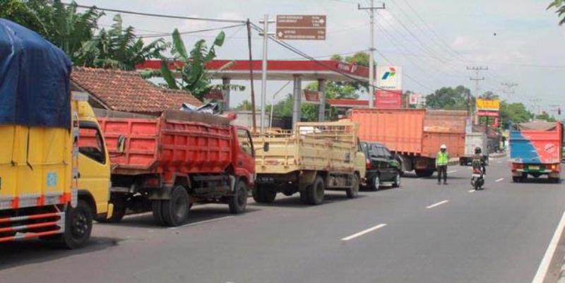 Karakteristik Lalu Lintas Angkutan Barang Pada Beberapa Kota/Kabupaten di Indonesia